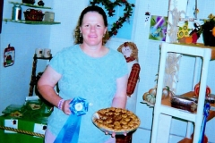 Blue Ribbon Apple Pie Contest - Elaine Weaver